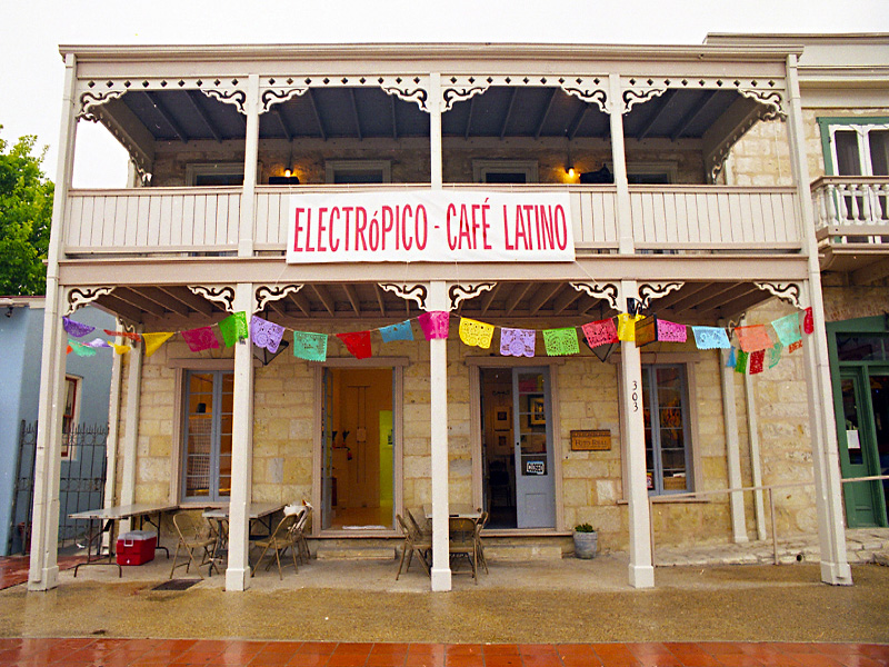 1999_Electropico-Cafe-Latino-Exhibit_01