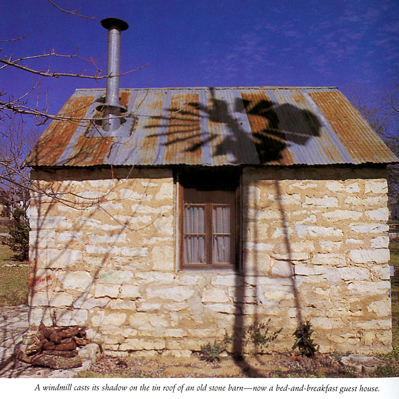 1987_Michael-Mehl_Fredericksburg-Texas_Living-With-The-Past_Shearer-Publishing_03